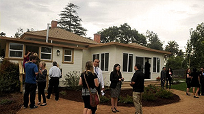 Casa Pacifica shows off transitional home for young adults in Camarillo